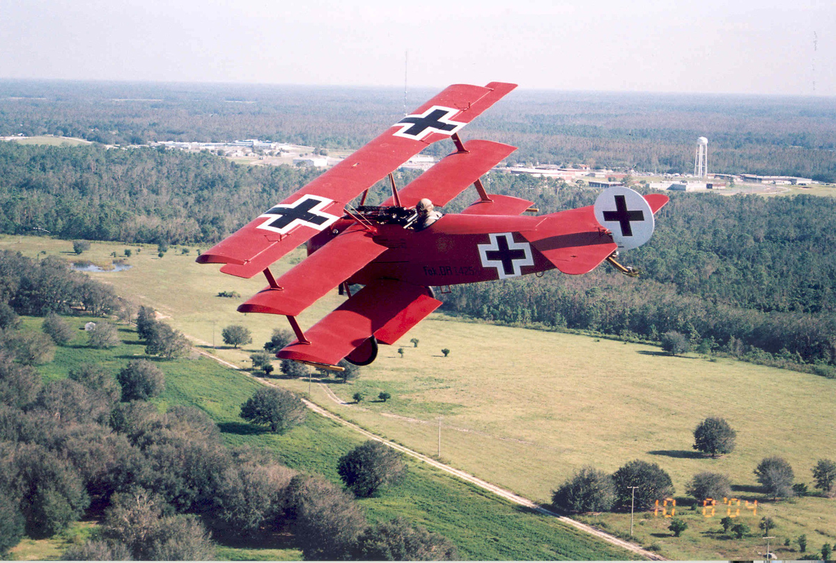 Painting the sky in blood: The Red Baron as a folk artist