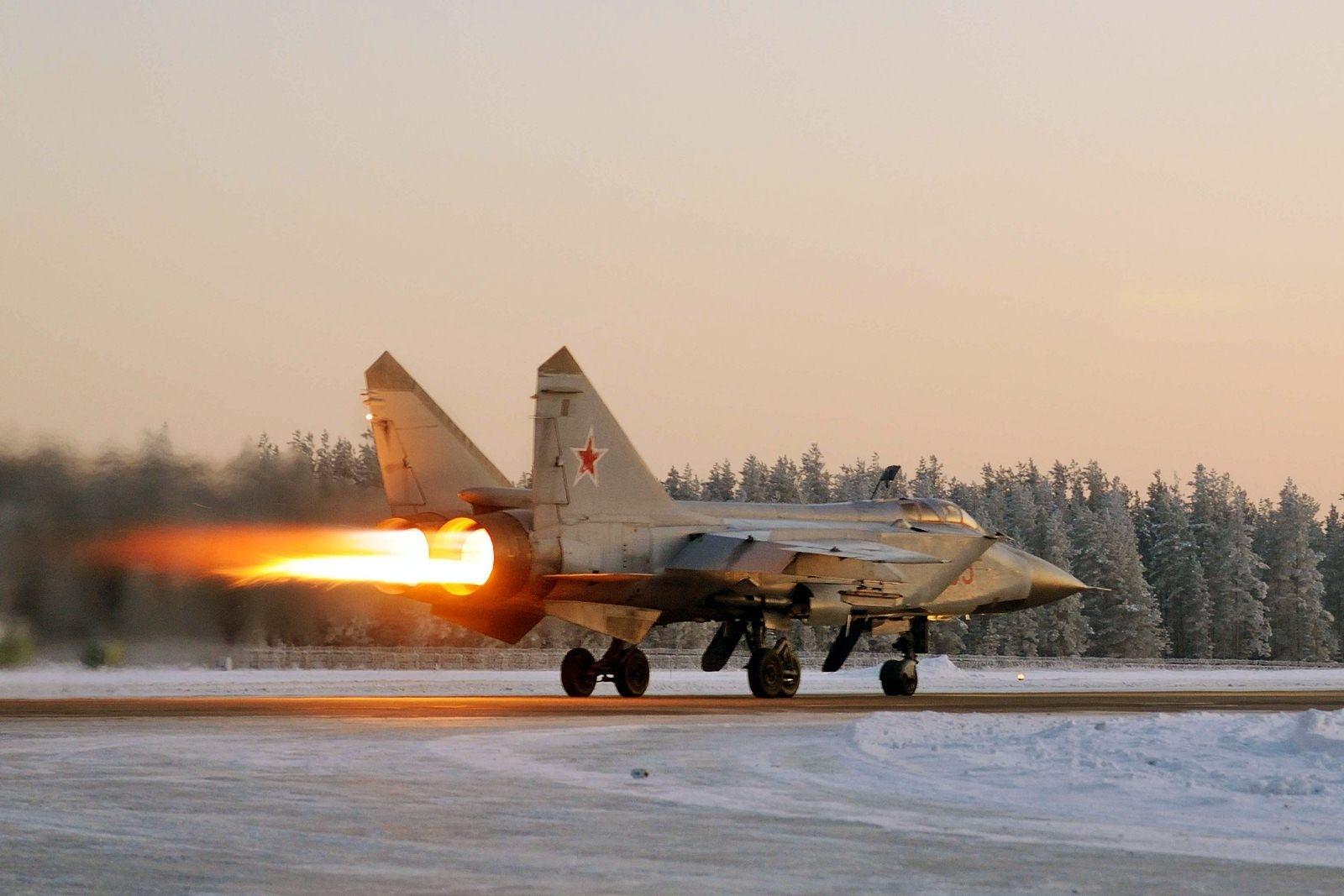Pesawat Tempur MiG-31 Dapatkan Sistem Navigasi Baru untuk Beroperasi di Arktik