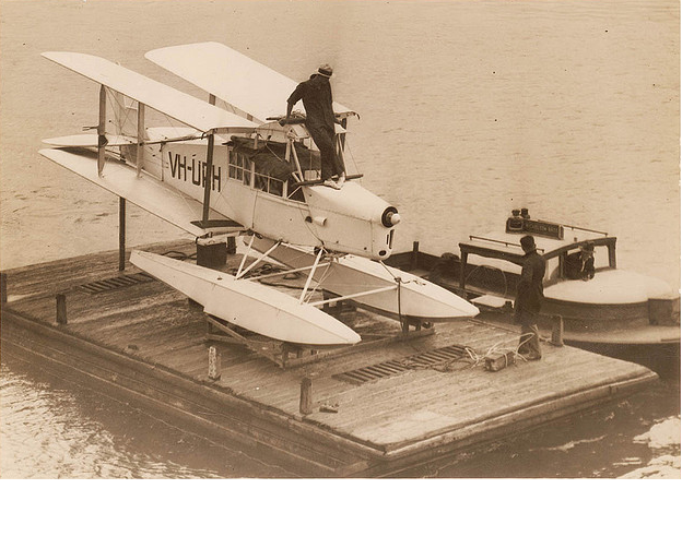 Genairco seaplane shipped to Rabaul