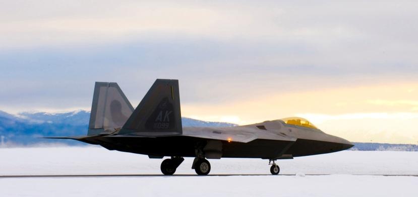 s F-22s prepare for IOC