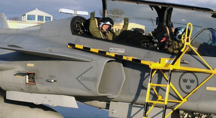 """""""My flying experience in Gripen pushed me over the edge forever"""" Joanna Sjölander"""