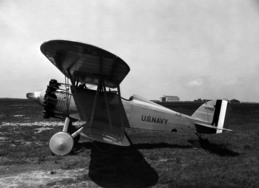 Wright_XF3W_Apache_at_NACA_Langley_in_1926