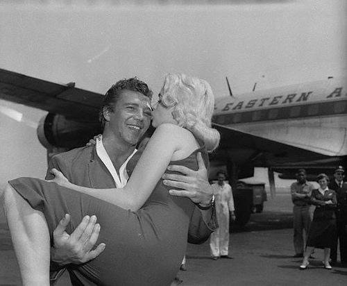 1956_June-8_Hargitay_Mansfield_Idlewild-1