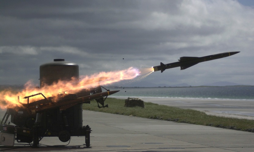 A Rapier missile speeds towards its target during a live firing. Scotland. 17/06/2001