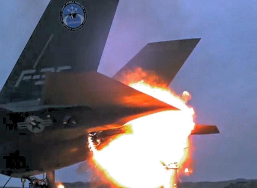 F-35liveFireMissileHit