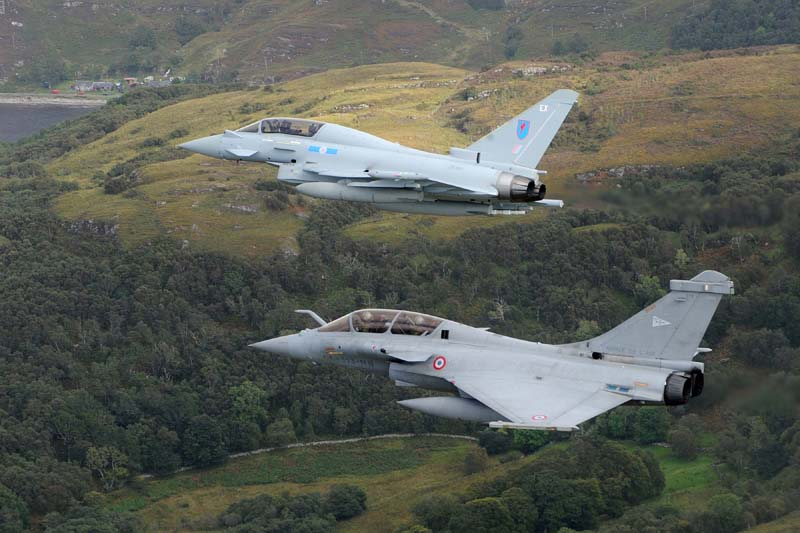 JOINT FLIGHT SUPPORTS UK-FRENCH COOPERATION