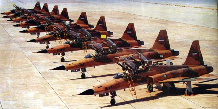 Iranian_Northrop_F-5_during_Iran-Iraq_war.jpg