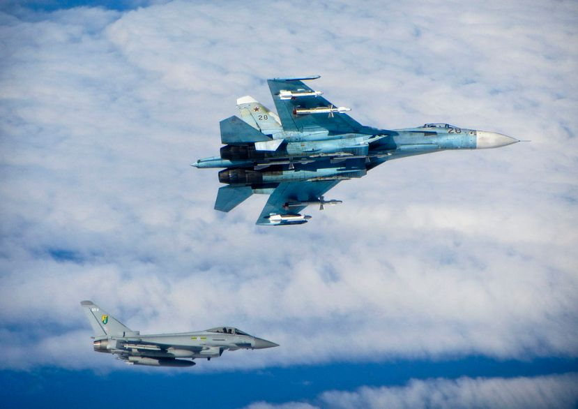 Russian_SU-27_Flanker_with_RAF_Typhoon_MOD_45157730.jpg
