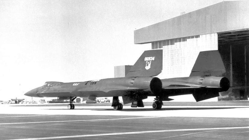 YF-12.jpg