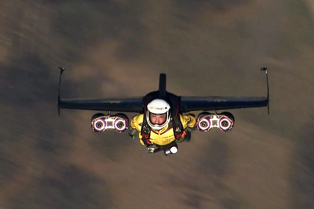 yves-rossy-jetman-test-flights-in-swiss-airspace-0.jpg