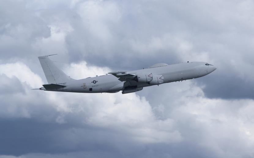 E-6B_TACAMO_Climb.jpg