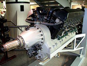300px-Mikulin_AM-42_-_Deutsches_Museum-1.JPG