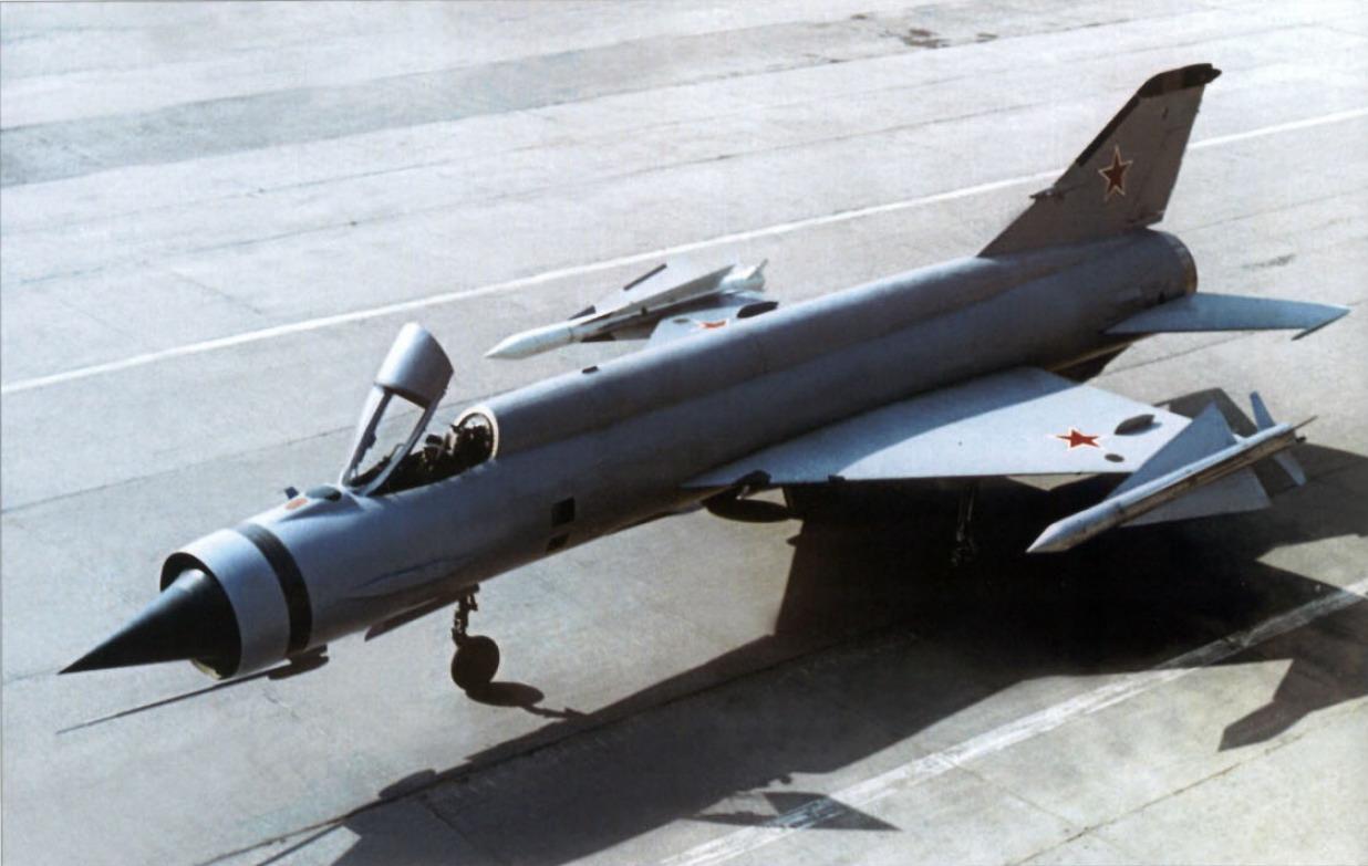 Mikoyan-Gurevich-Ye-152M-Flipper.jpg