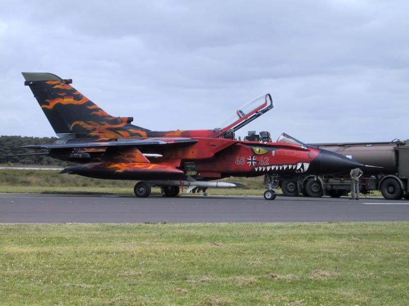 luftwaffe-panavia-tornado-ecr-kbbe.jpg