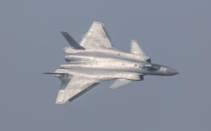 112597999_china_unveils_its_j-20_stealth_fighter_during_an_air_show_in_zhuhai_guangdong_province-large_transpvlberwd9egfpztclimqf0rf_wk3v23h2268p_xkpxc
