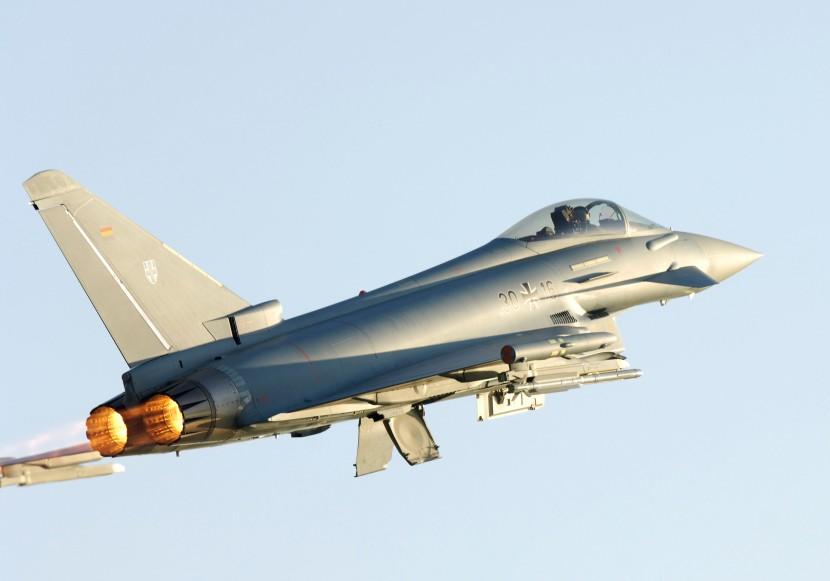 gaf-single-seater-eurofighter-of-jg-73-419.jpg