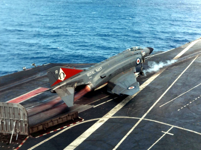 Phantom_FG.1_of_892_NAS_launching_from_HMS_Ark_Royal_(R09)_1972.jpg