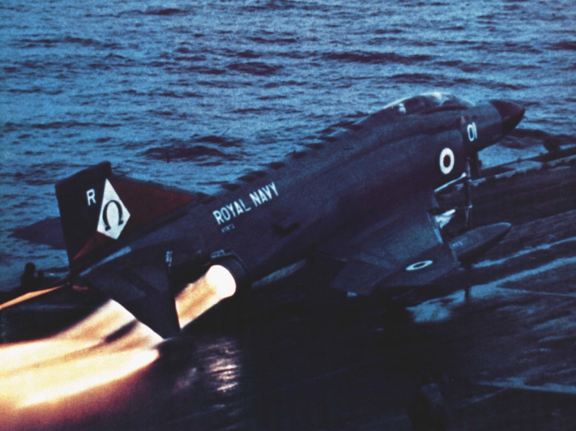 Phantom_FG1_of_892_NAS_is_launched_from_USS_Independence_(CV-62),_November_1975.jpg