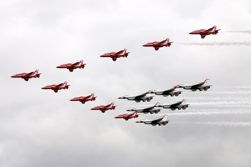 Red Arrows & Thunderbirds flypast.jpg