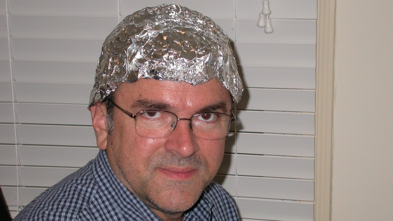 tinfoil-hat-guy1.jpg