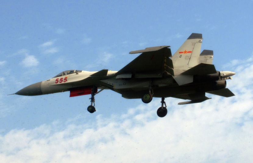 China's first carrier-borne J15 fighter jets were displayed for public to see Wednesday in Xi'an of northwest China's Shaanxi Province (2).jpg