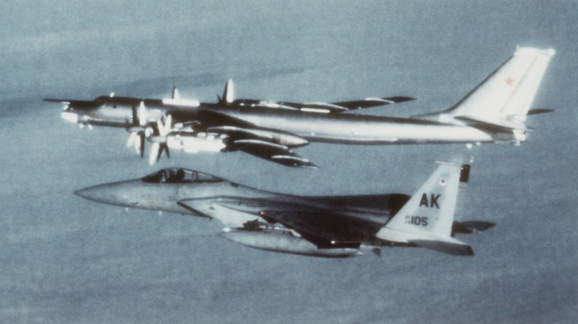 F-15_&_Tu-95.jpg