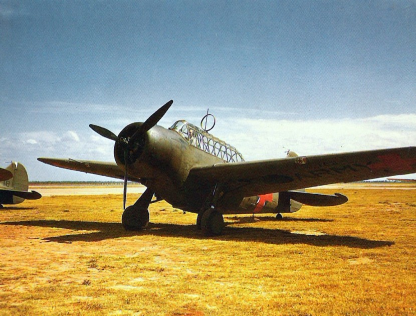 North_American_O-47B_1941.jpg