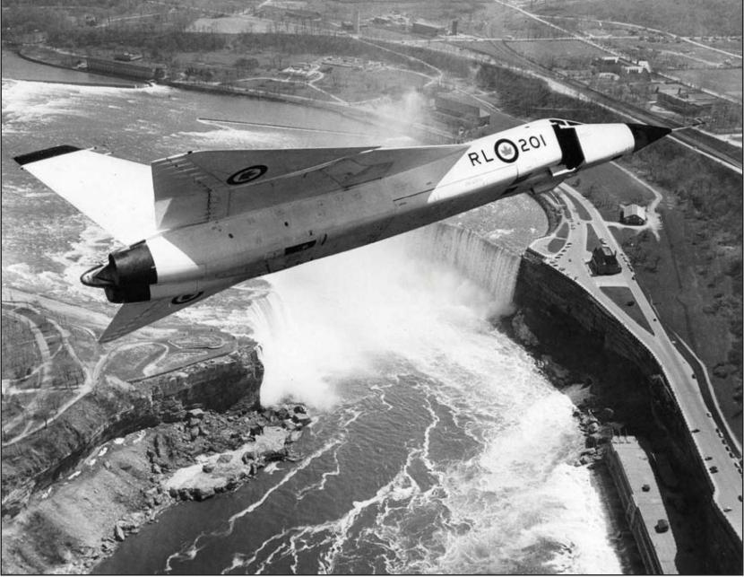 CF-105_Arrow-04.jpg