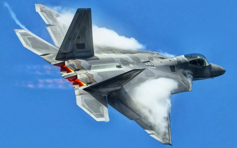 Lockheed Martin F-22 Raptor Wallpapers (6)