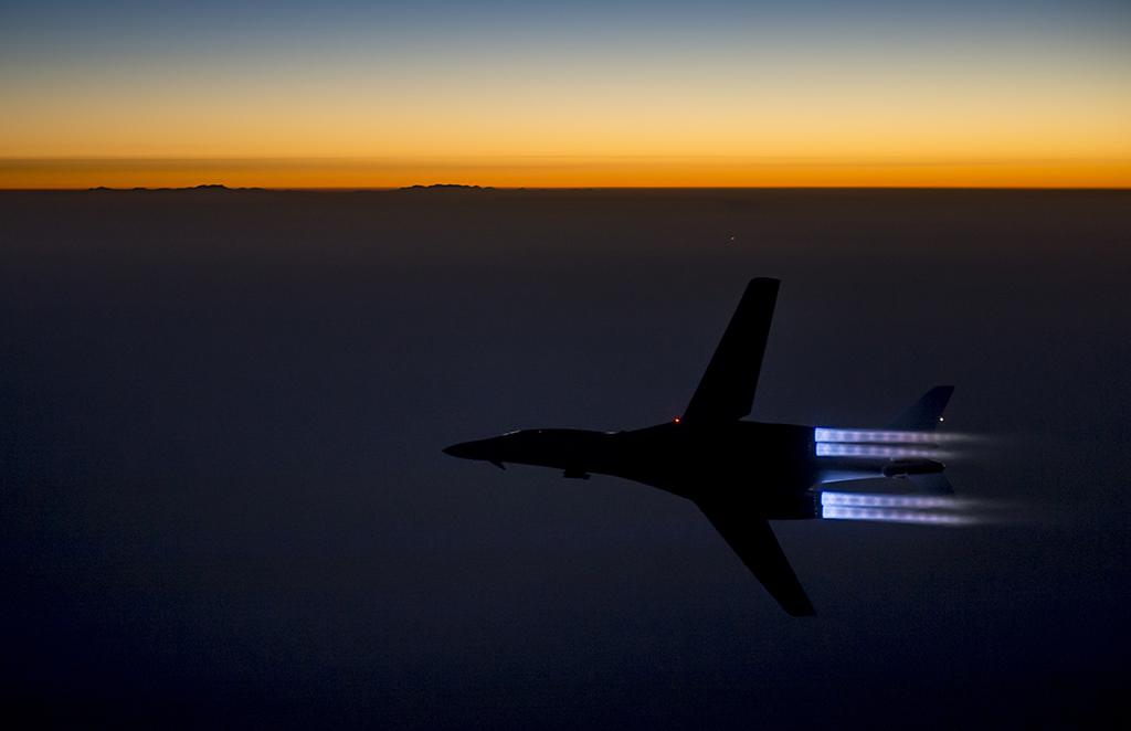 B-1-breaks-away.jpg