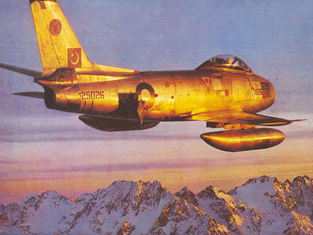 f-86f_pakaf_j25026