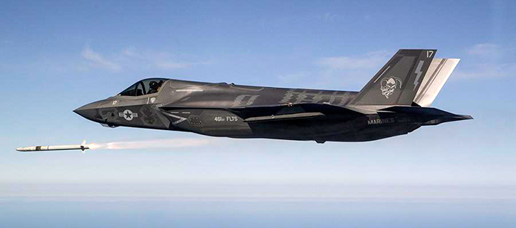 F35_asraam_launched_725