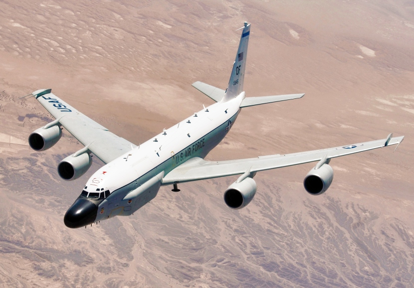 RC-135_Rivet_Joint_in_flight.jpg