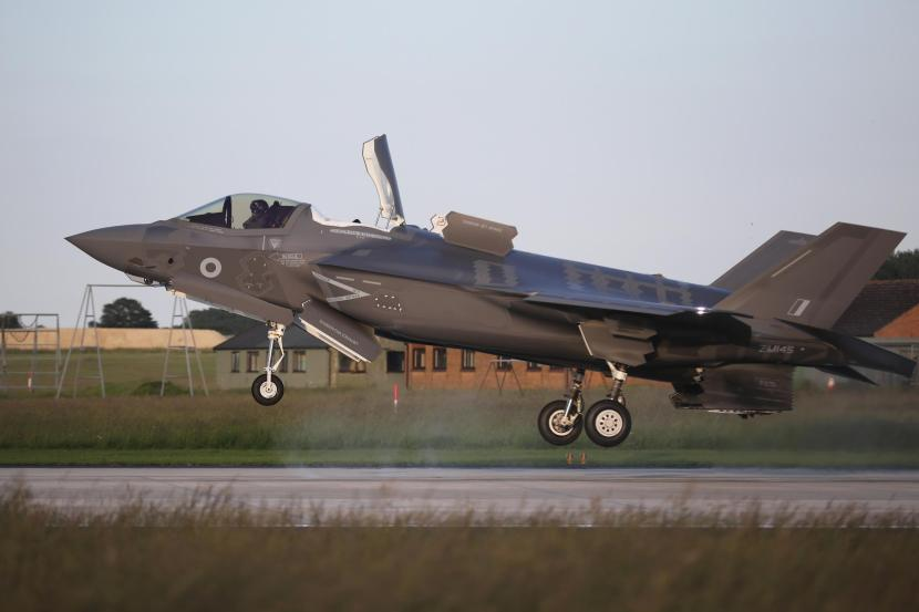 207977986-norwich-england-june-06-one-of-the-first-four-f-35b-lightning-ii-fifth-generation-multi