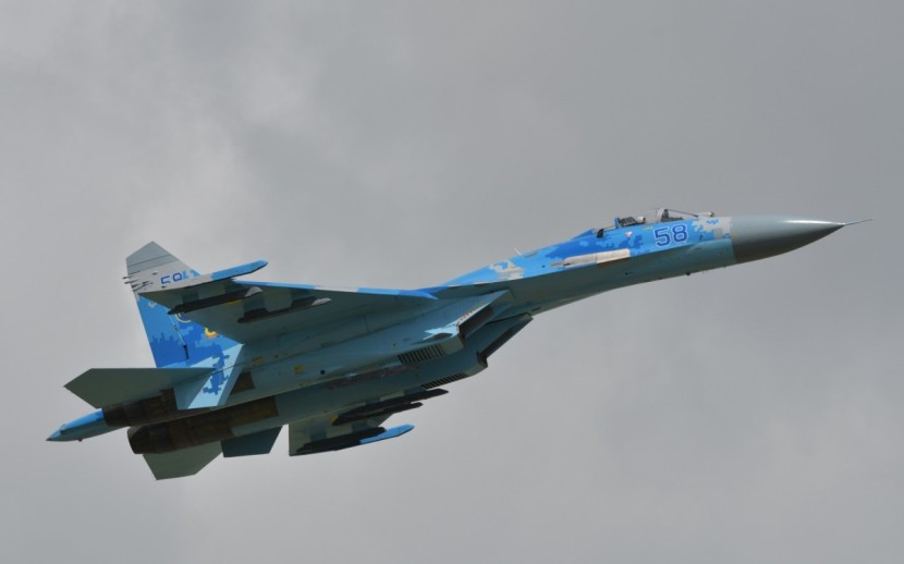 airplane_jet_fighter_flanker_airshow_military_sukhoi_su_27-1170481