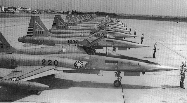 F-5A1220.jpg