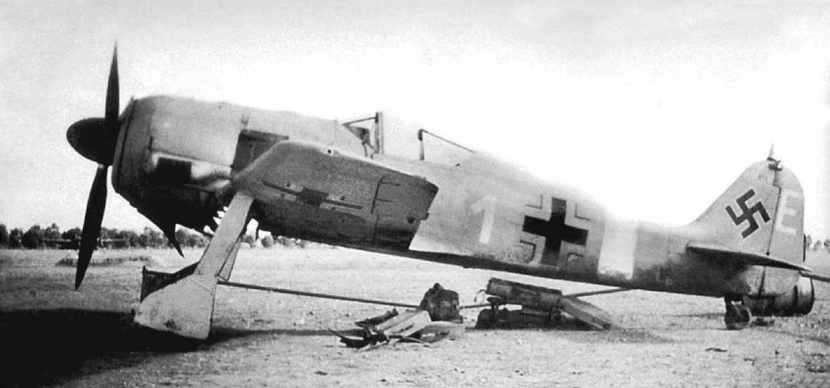 Focke-Wulf-Fw190-A-4-WNr-614-Benghazi-Libya-1942.jpg