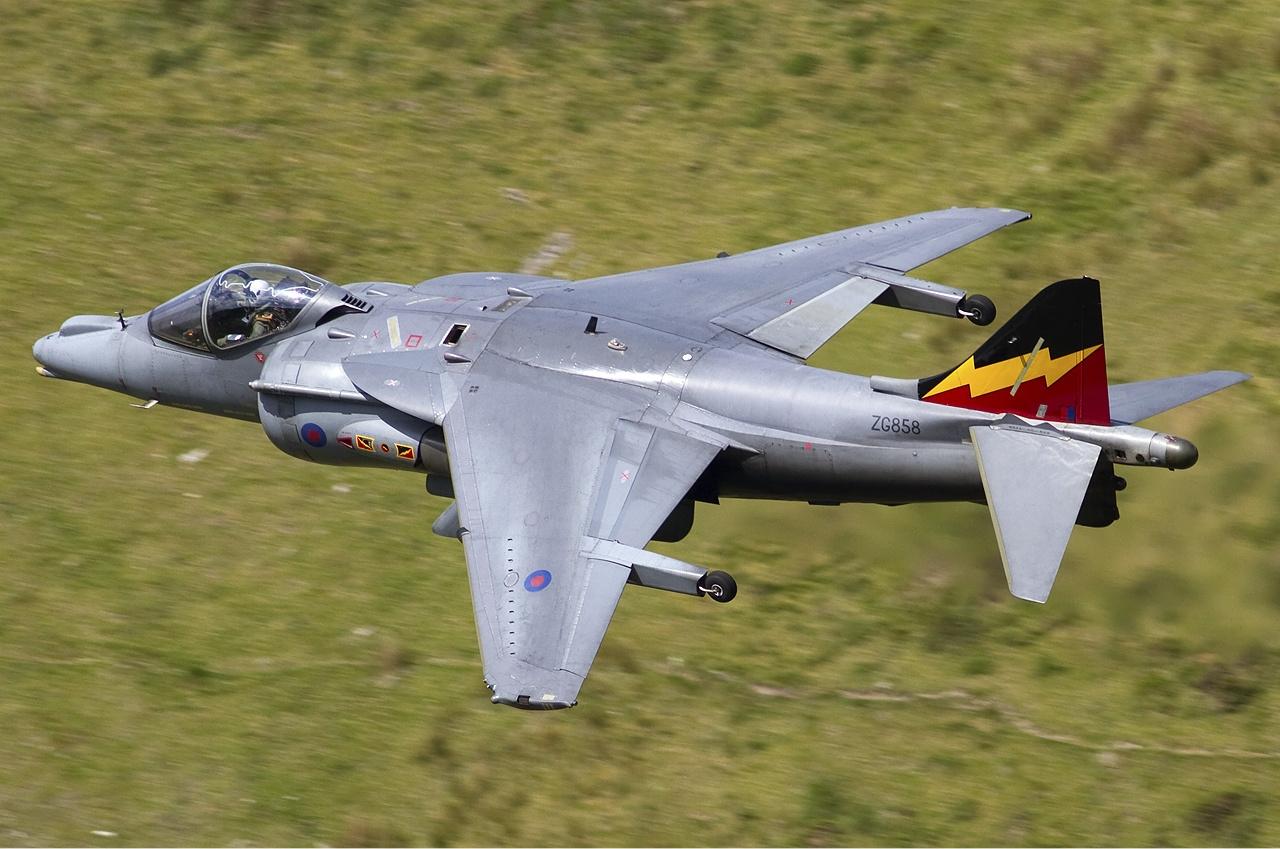 RAF_British_Aerospace_Harrier_GR9_Lofting-2.jpg