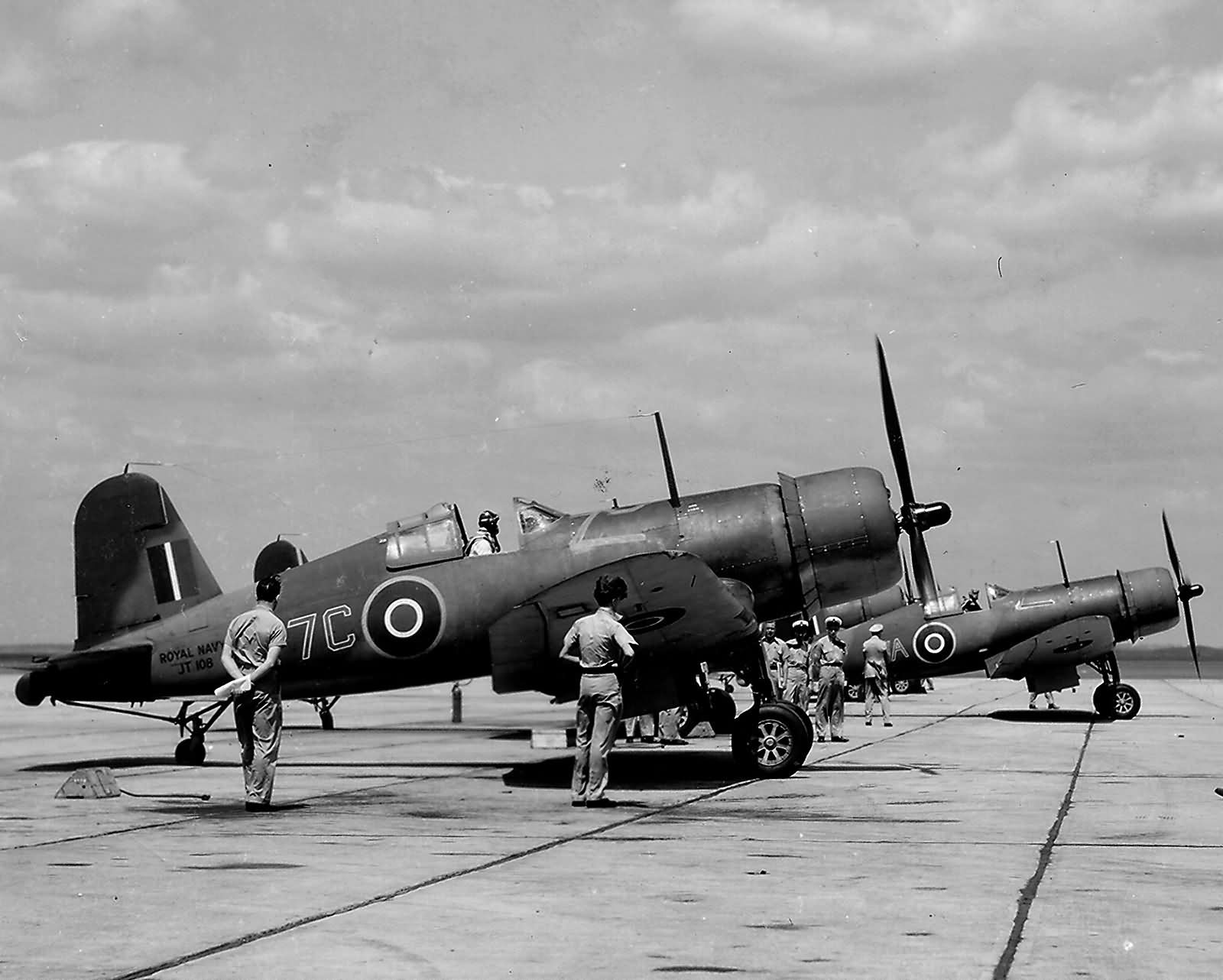 British_Fleet_Air_Arm_Chance_Vough_F4U_Corsair_JT108_7C_1943.jpg