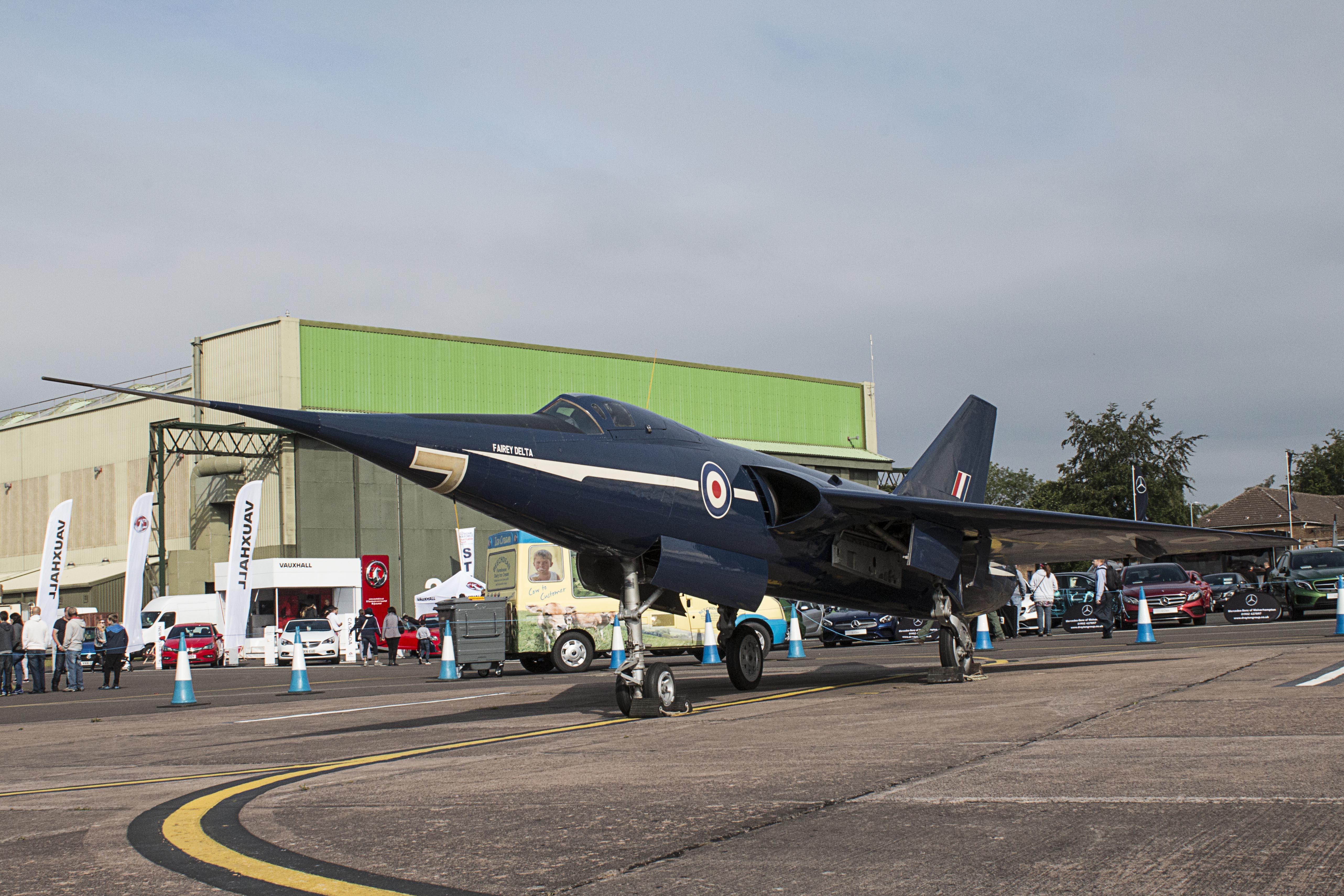 Fairey Delta 2.jpg