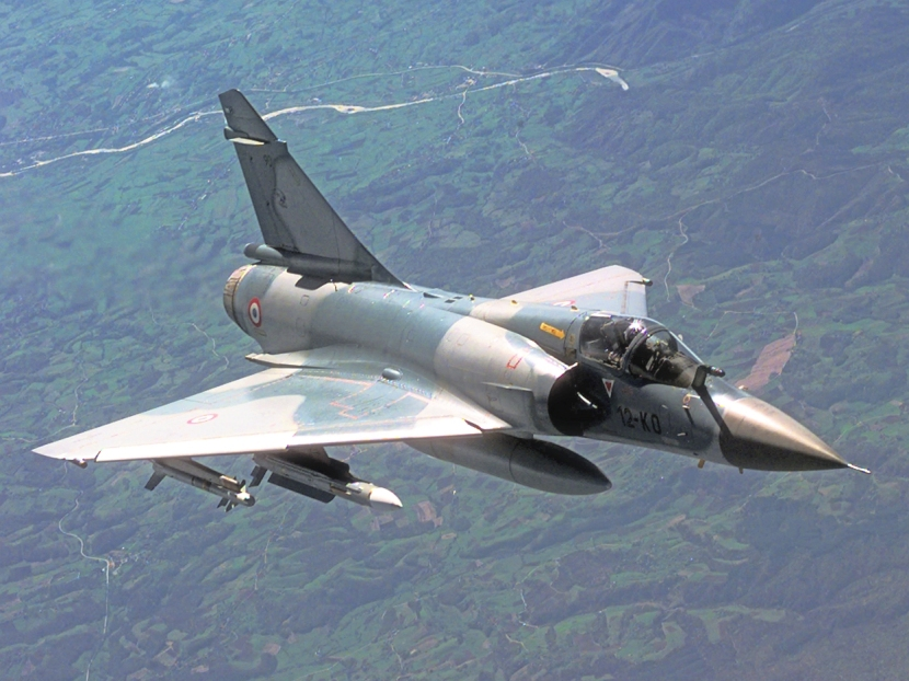 Mirage_2000C_in-flight_2_(cropped).jpg