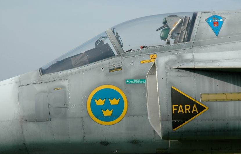 Viggen_cockpit.jpg