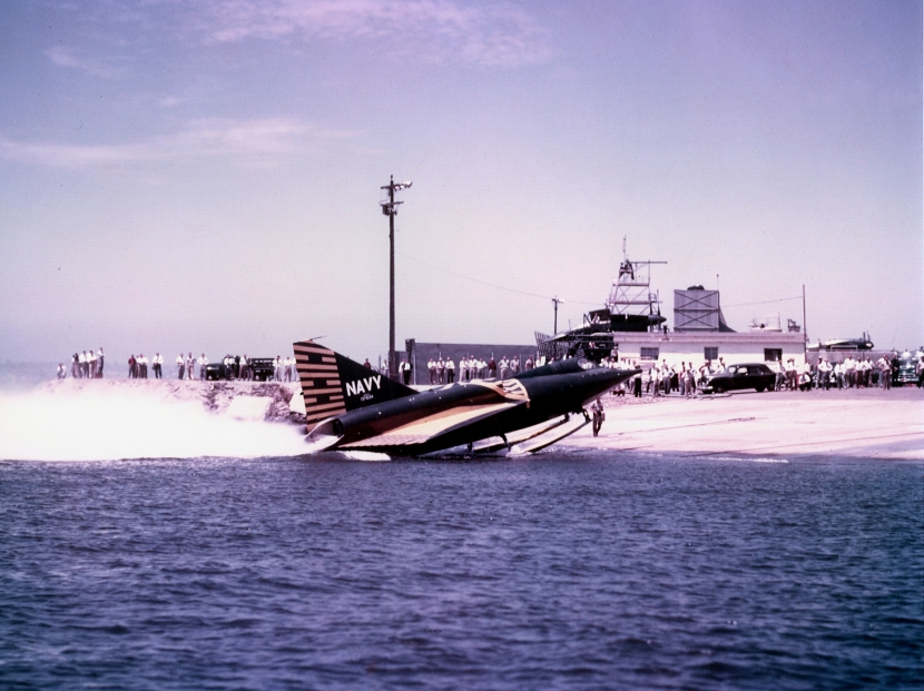 Convair_XF2Y-1_Sea_Dart_landing_on_shore.jpg