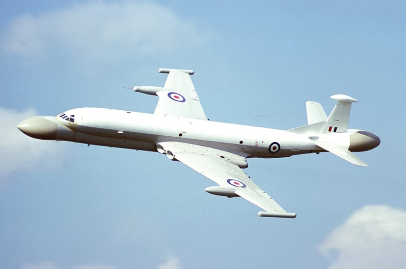 British_Aerospace_Nimrod_AEW3,_UK_-_Air_Force_AN0792940.jpg