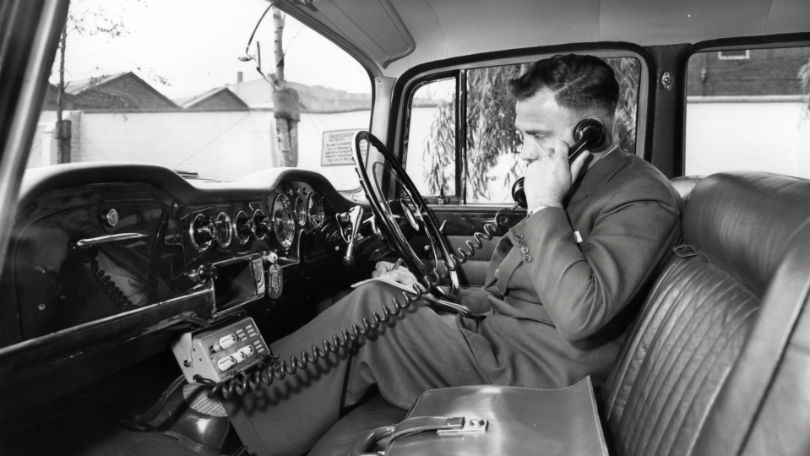 history-of-the-car-phone-136428283309102601-180711124727.jpg