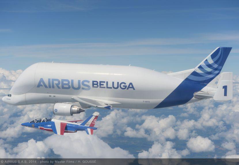 Airbus_Beluga_-_patrouille_de_France_3.jpg