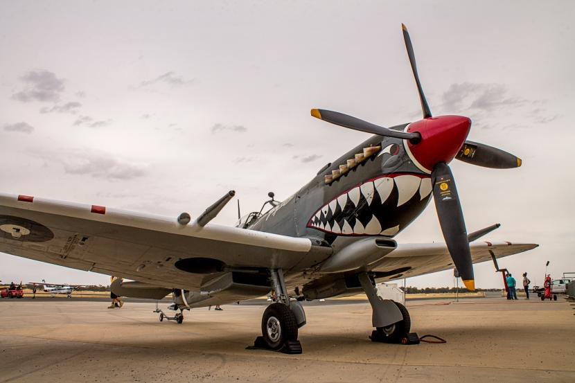 Supermarine spitfire 4e.jpg