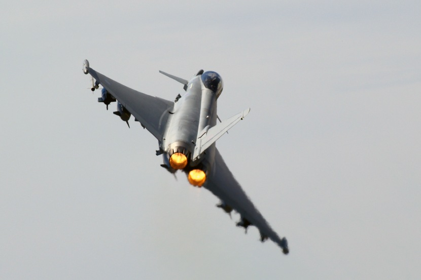 Eurofighter Typhoon 2 (1).jpg