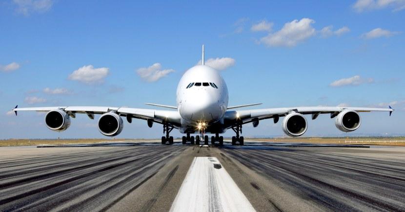 A380_on_ground_front_shot.jpg