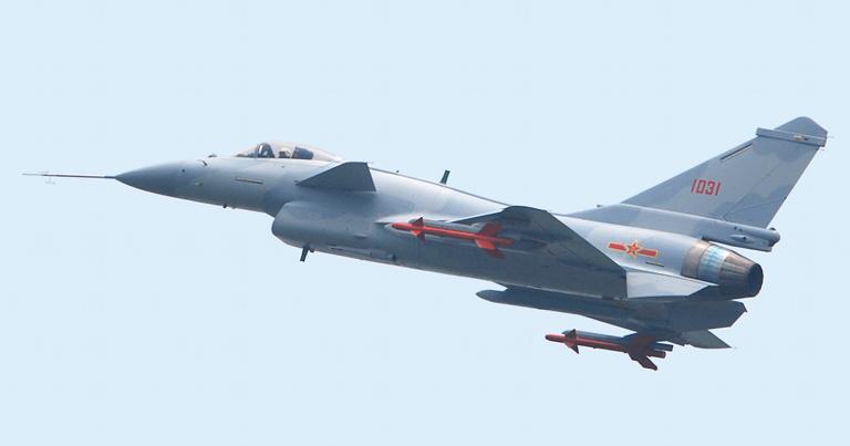 Chengdu J-10 (3).jpg